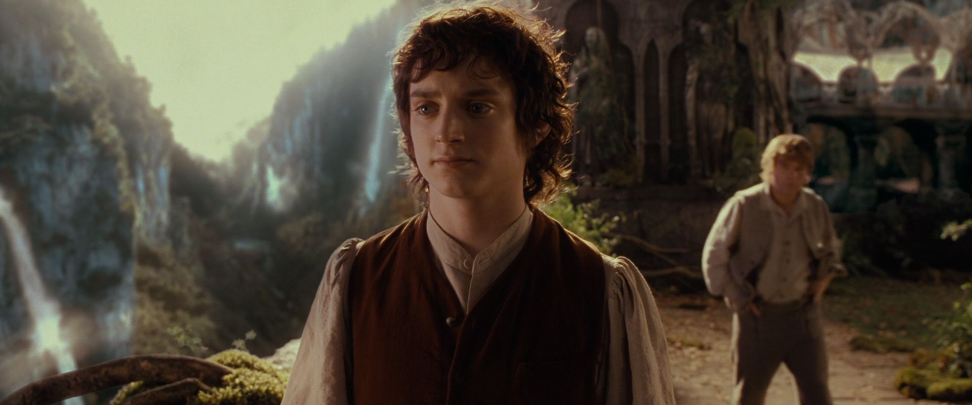 to elijah celebs baggins the wood as frodo fellowship rings lord roles ring around in of movies